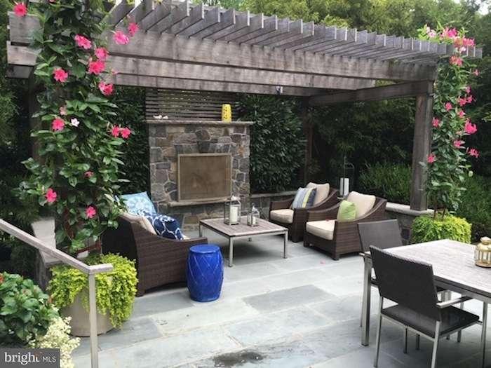 cozy_patio